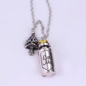 Alice-in-Wonderland-Necklace-Classic-Fashion-Pendant-Necklaces-Eat-Me-Drank-Me-Christmas-Gift-Bottle-Key_cd603ed6-e844-4b68-99b0-c5e3c941b2b4_1024x1024.jpg